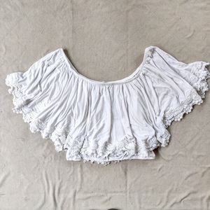 🌹 3/$40 Lovers & Friends White Lace Crop Top
